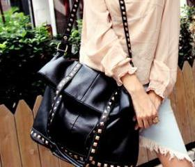 Black With Stud Handbag